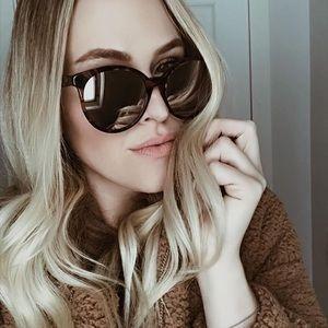 NWOT- DIFF Eyewear Cosmo Sunglasses